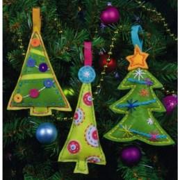 39 Brilliant Ideas How To Use Felt Ornaments For Christmas Tree Decoration 32