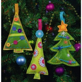 39 Brilliant Ideas How To Use Felt Ornaments For Christmas Tree Decoration 32