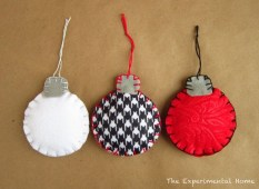39 Brilliant Ideas How To Use Felt Ornaments For Christmas Tree Decoration 36