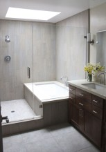 39 Cool And Stylish Small Bathroom Design Ideas23