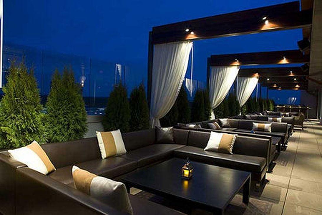 39 Inspiring Rooftop Terrace Design Ideas 03