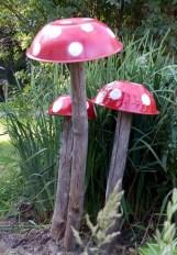 Amazing Backyard Fairy Garden Ideas On A Budget 28