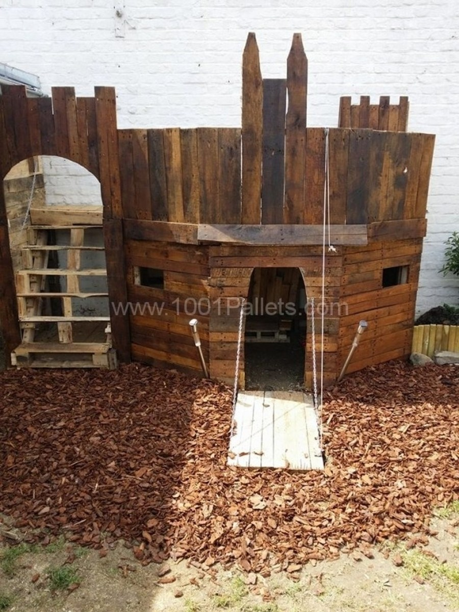 Awesome Outdoor Kids Playhouses That Youll Want To Live Yourself 24