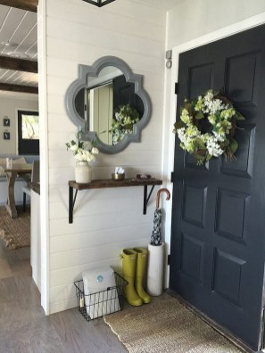 Brilliant Small Apartment Decoration Ideas On A Budget 22