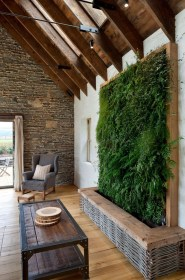 Cool Indoor Vertical Garden Design Ideas 03