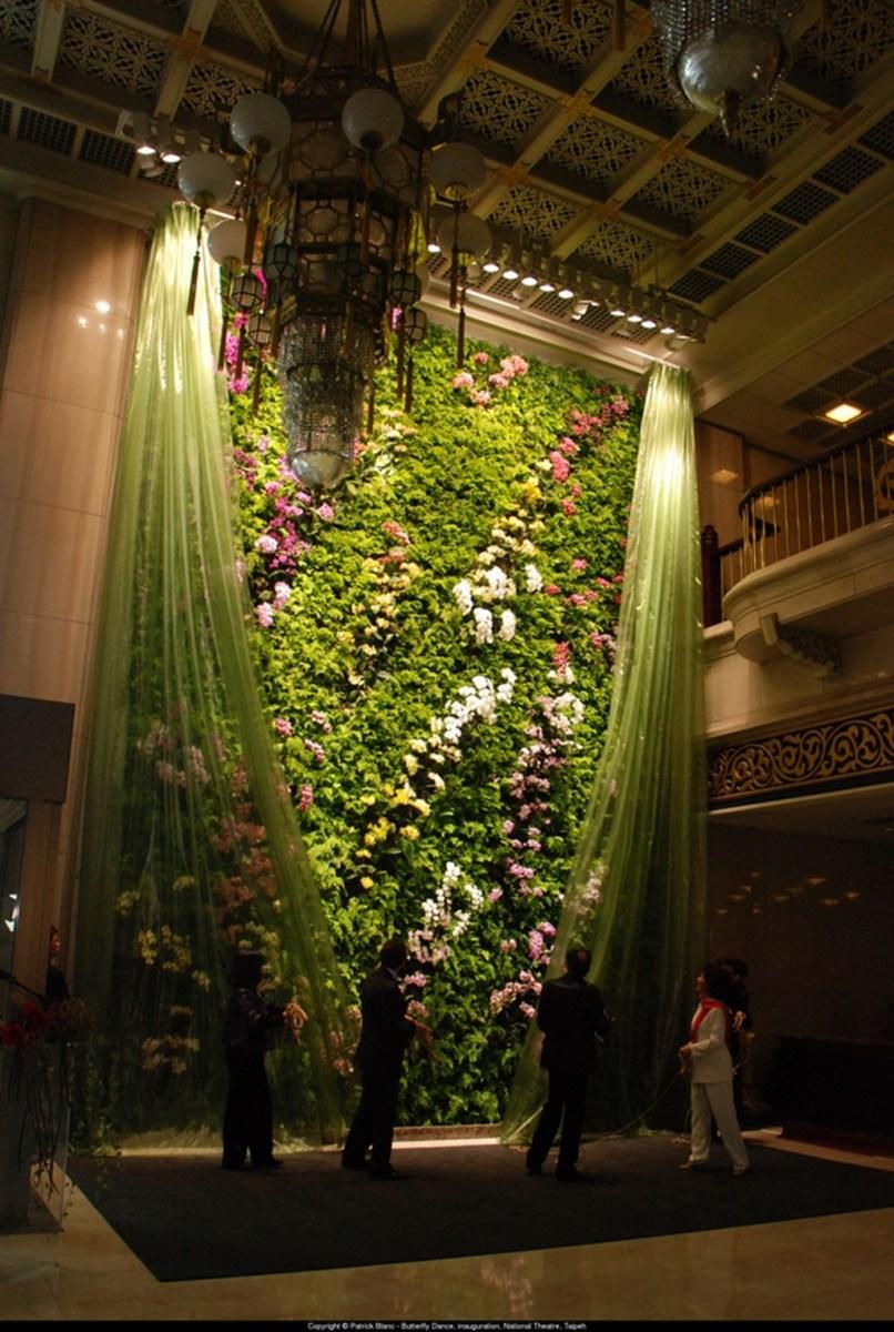 Cool Indoor Vertical Garden Design Ideas 29