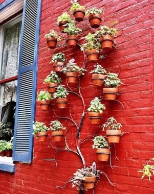 Cool Indoor Vertical Garden Design Ideas 35