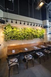 Cool Indoor Vertical Garden Design Ideas 37