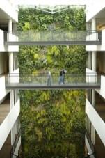 Cool Indoor Vertical Garden Design Ideas 42