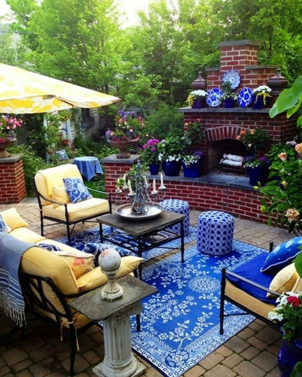 Cute And Cool Pastel Patio Design Ideas22