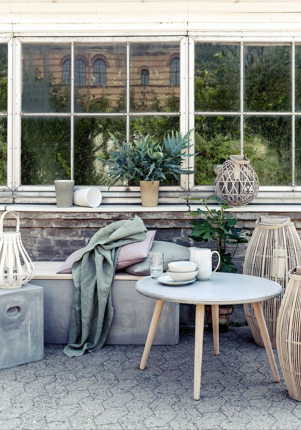 Cute And Cool Pastel Patio Design Ideas26