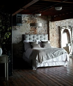 Elegant Rustic Bedroom Brick Wall Decoration Ideas 24