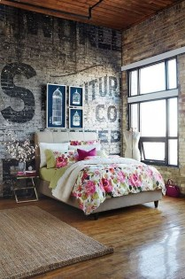 Elegant Rustic Bedroom Brick Wall Decoration Ideas 39