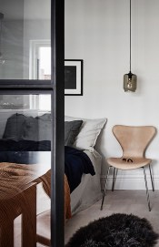 Modern And Stylish Scandinavian Bedroom Decoration Ideas 33