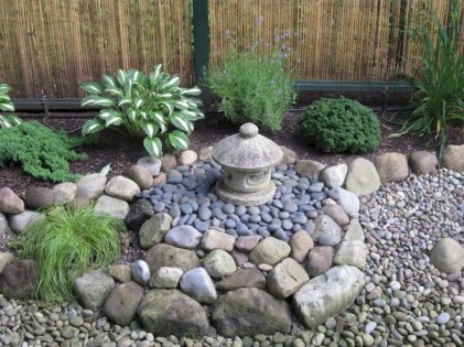 Relaxing Japanese Inspired Front Yard Decoration Ideas 16