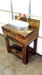 Simple And Cozy Wooden Bathroom Remodel Ideas 24