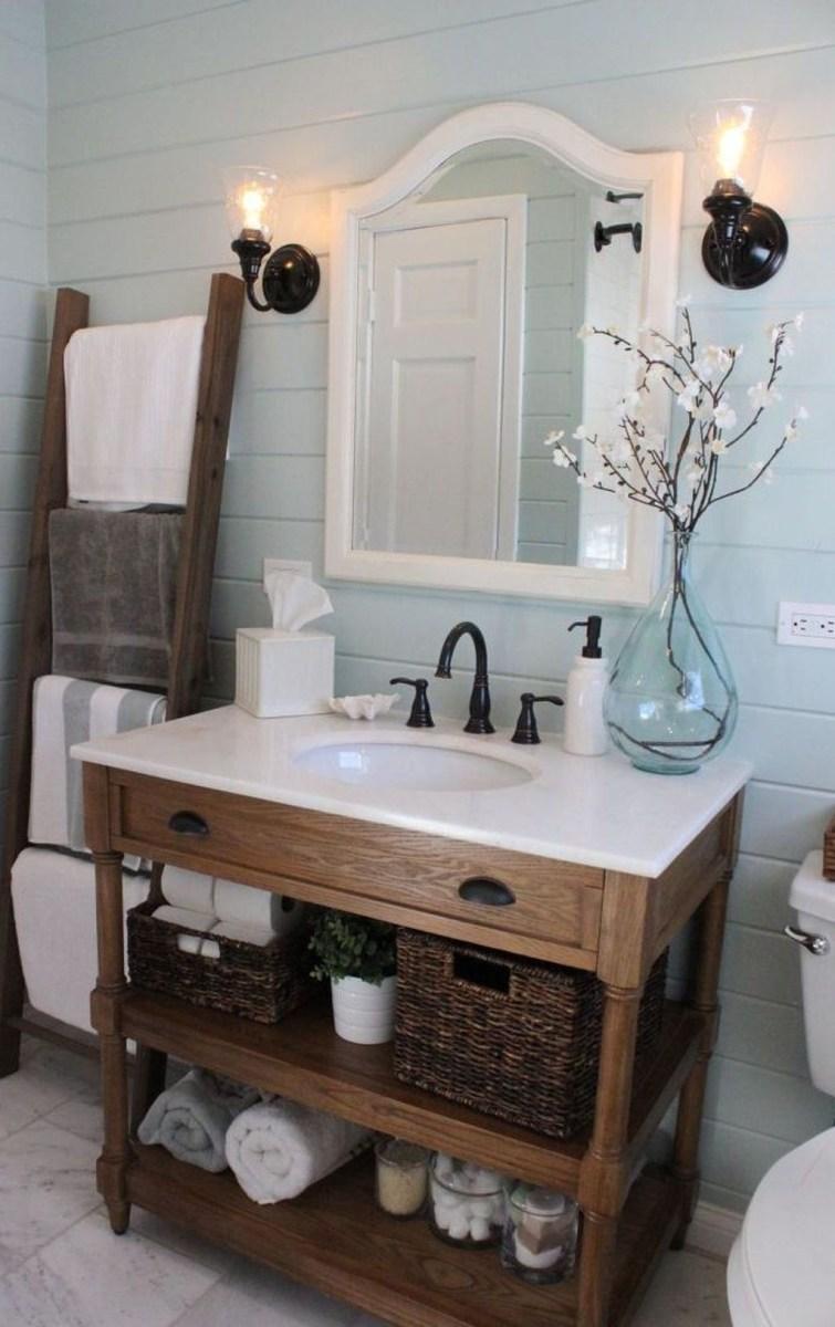 Simple And Cozy Wooden Bathroom Remodel Ideas 25