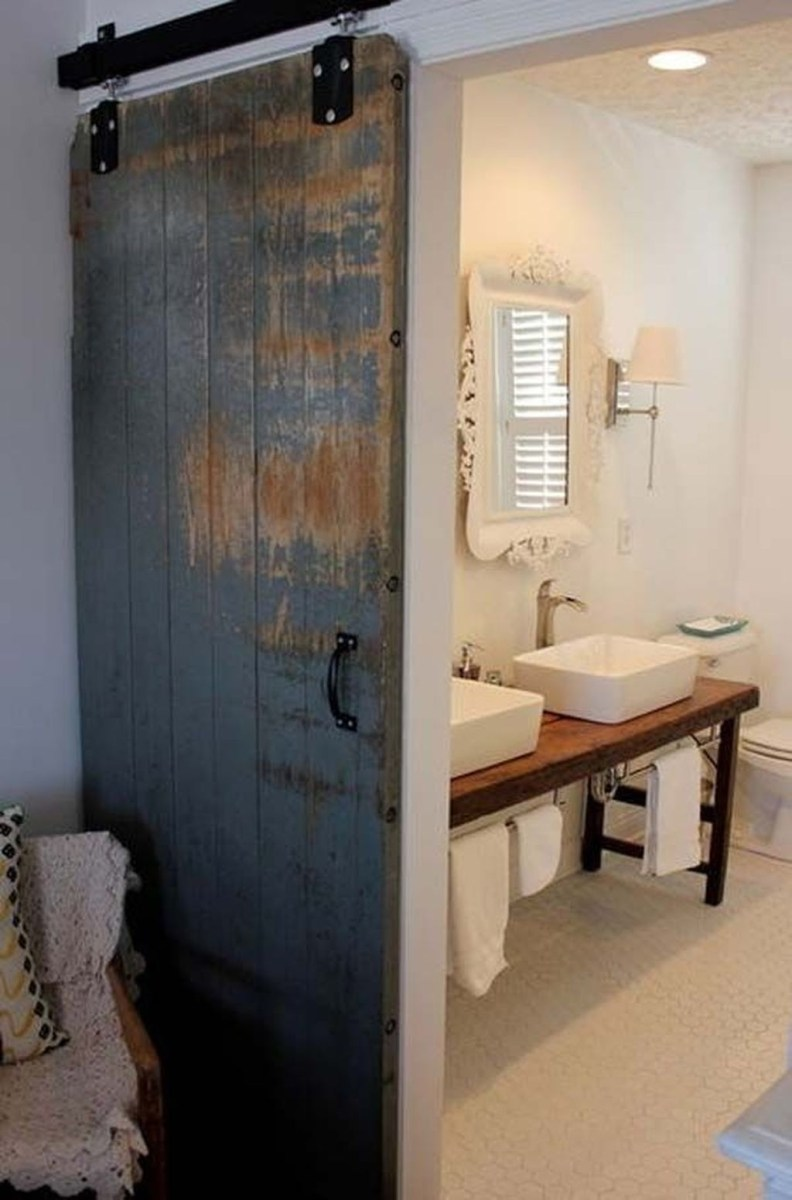 Simple And Cozy Wooden Bathroom Remodel Ideas 34