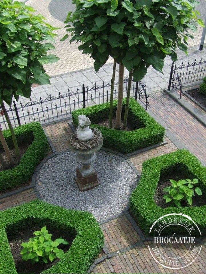 Totally Beautiful Front Yard Landscaping Ideas On A Budget 41