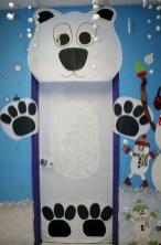 Adorable Winter Classroom Door Decoration Ideas 16