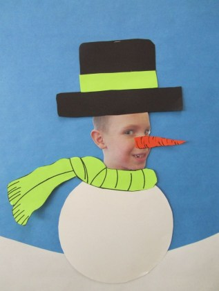 Adorable Winter Classroom Door Decoration Ideas 22