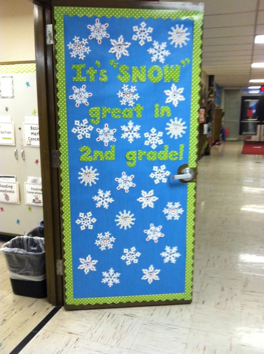 Adorable Winter Classroom Door Decoration Ideas 23