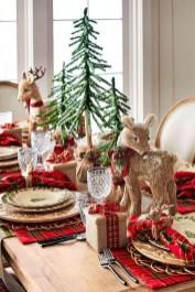 Amazing Winter Table Decoration Ideas 10