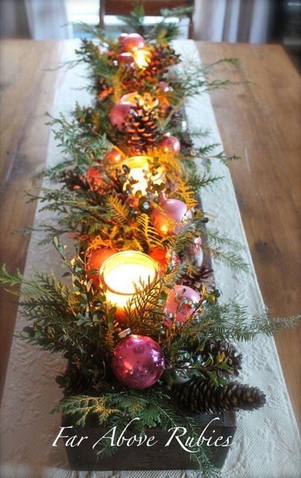 Amazing Winter Table Decoration Ideas 24