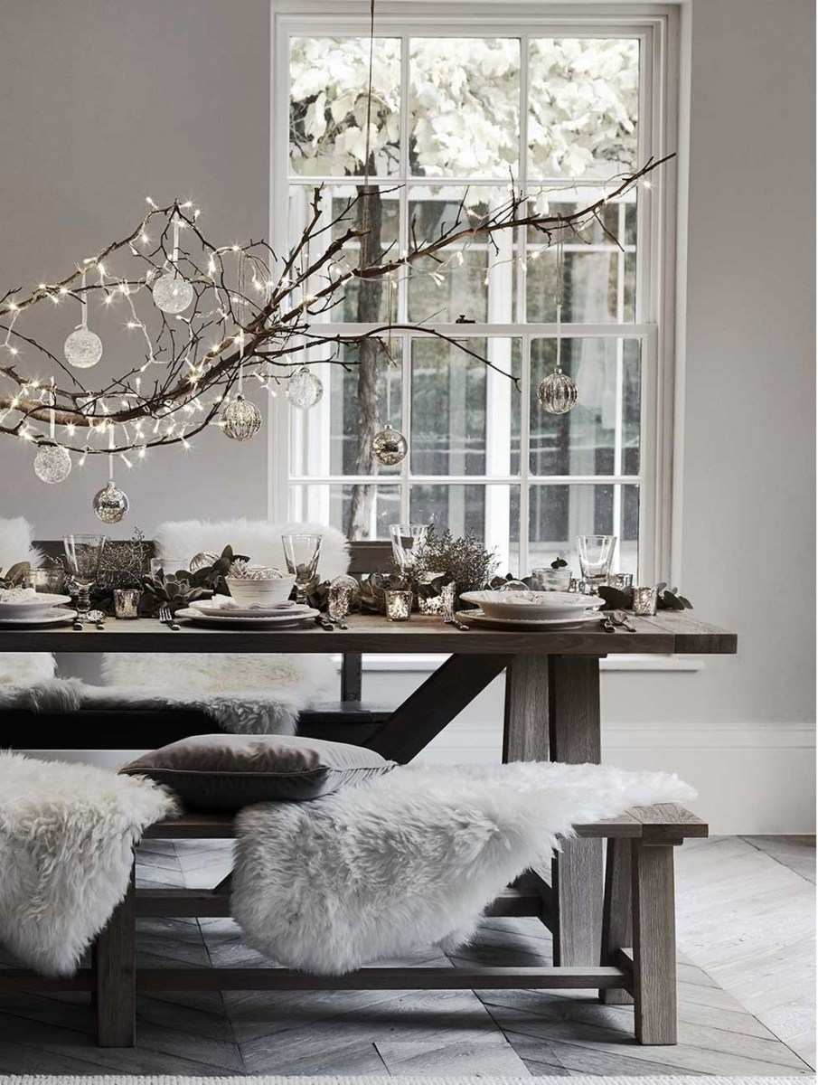 Amazing Winter Table Decoration Ideas 25