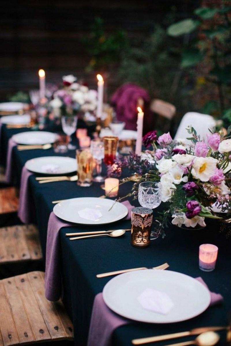 Amazing Winter Table Decoration Ideas 31