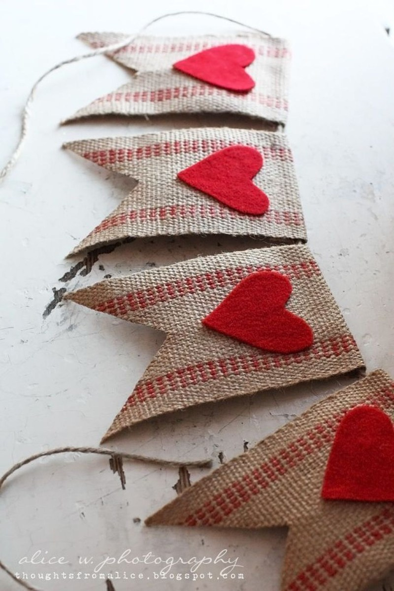 Beautiful And Creative DIY Valentine Decoration Ideas For Your Home 06