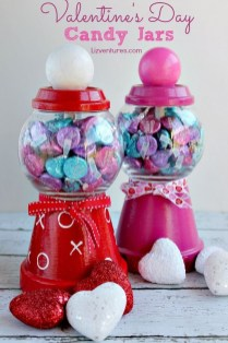 Beautiful And Creative DIY Valentine Decoration Ideas For Your Home 30