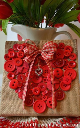Cool And Cozy Red Valentines Day Decoration Ideas 12