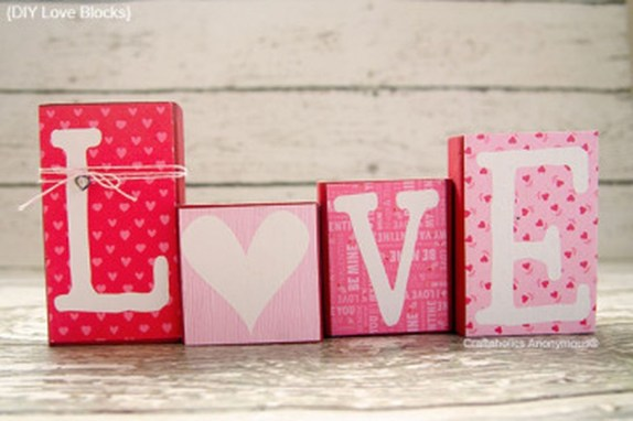 Cute Pink Valentines Day Decoration Ideas For Your Home 30