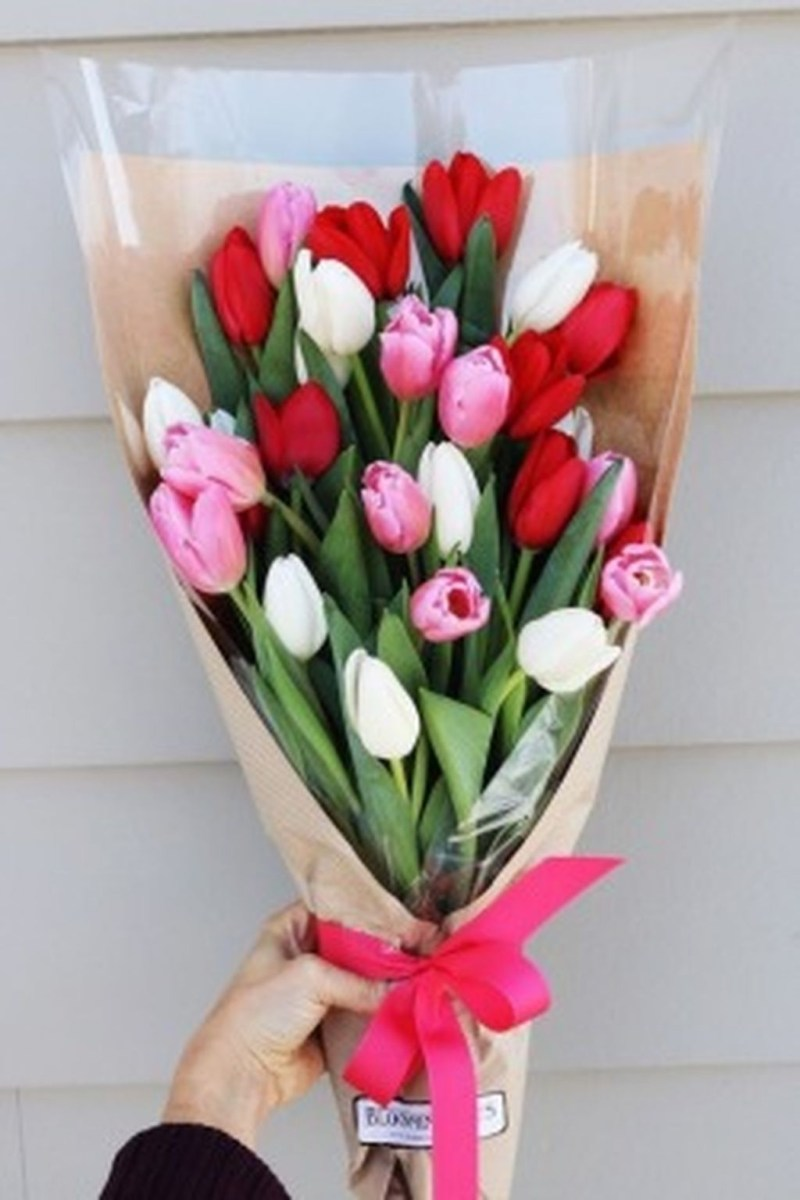 Cute Pink Valentines Day Decoration Ideas For Your Home 38