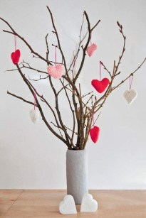 Cute Pink Valentines Day Decoration Ideas For Your Home 44