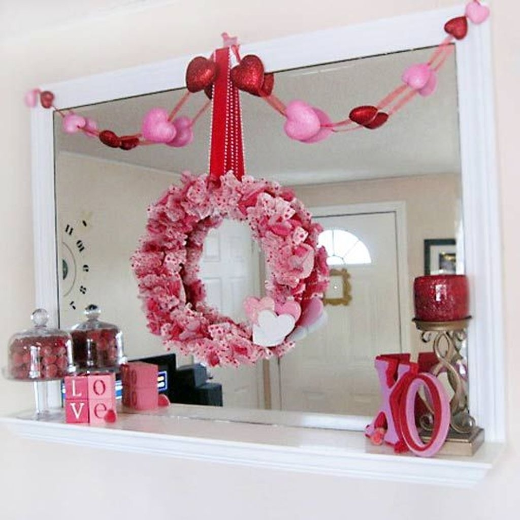 Cute Pink Valentines Day Decoration Ideas For Your Home 45