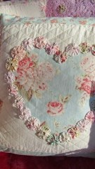 Cute Shabby Chic Valentines Decoration Ideas For Your Home 20