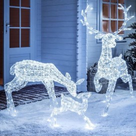 Fabulous Outdoor Winter Decoration Ideas 05