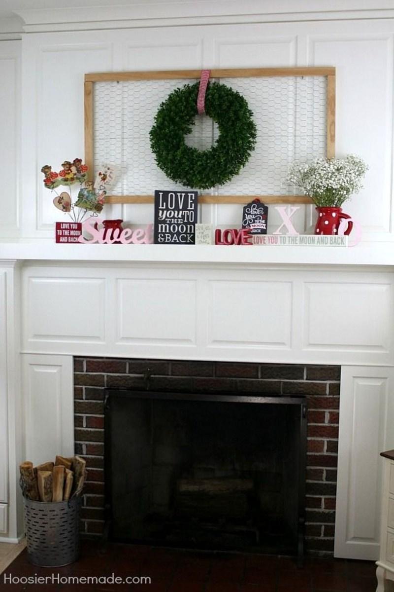 Inspiring Valentines Day Fireplace Decoration Ideas 22