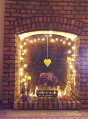 Inspiring Valentines Day Fireplace Decoration Ideas 40