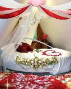 Romantic Valentines Bedroom Decoration Ideas 04