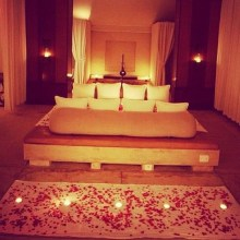 Romantic Valentines Bedroom Decoration Ideas 15