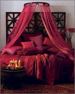 Romantic Valentines Bedroom Decoration Ideas 21