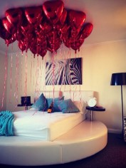 Romantic Valentines Bedroom Decoration Ideas 27