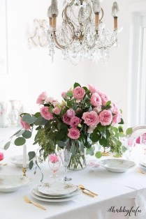 Romantic Valentines Day Dining Room Decoration Ideas 04