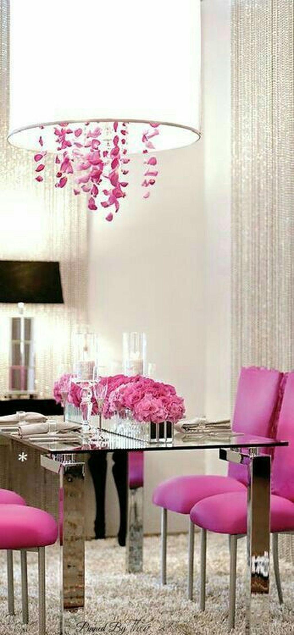 Romantic Valentines Day Dining Room Decoration Ideas 20