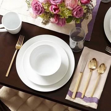 Romantic Valentines Day Dining Room Decoration Ideas 21