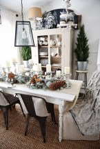 Romantic Valentines Day Dining Room Decoration Ideas 26