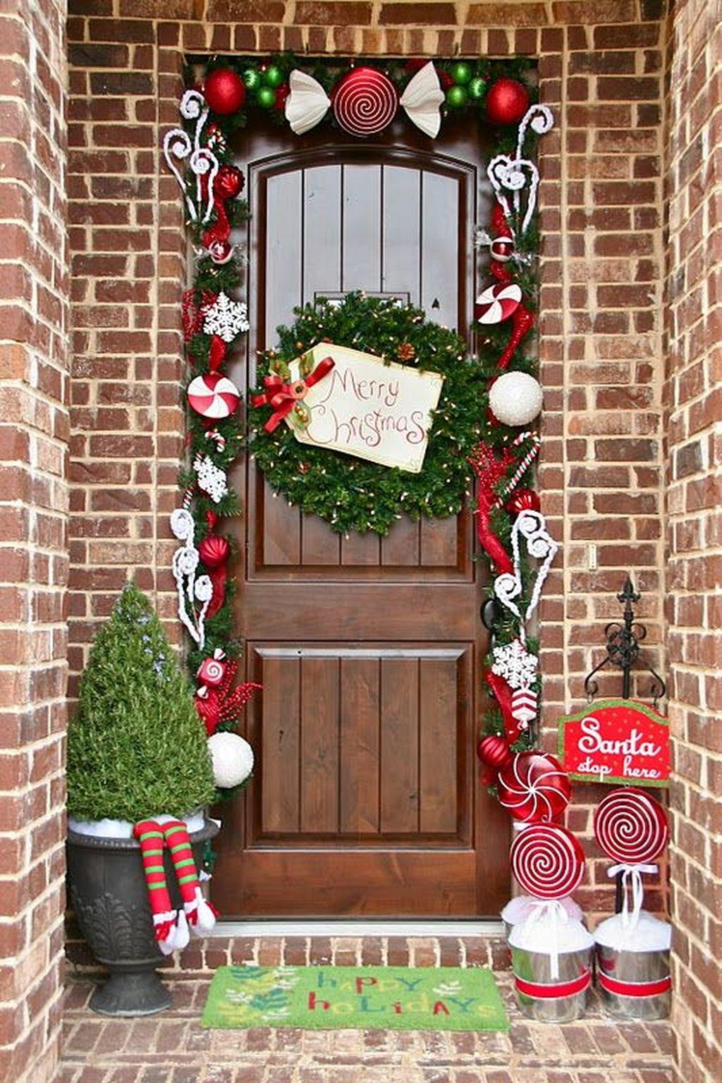 Stunning Front Door Decoration Ideas For Winter 05